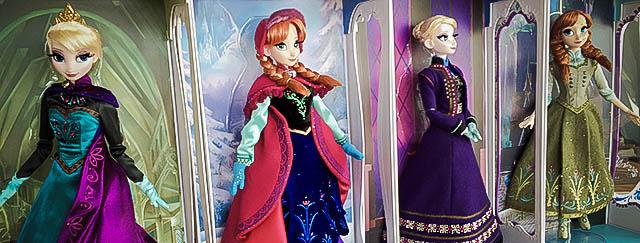 Disney Store Poupées Limited Edition 17'' (depuis 2009) - Page 38 Signat10