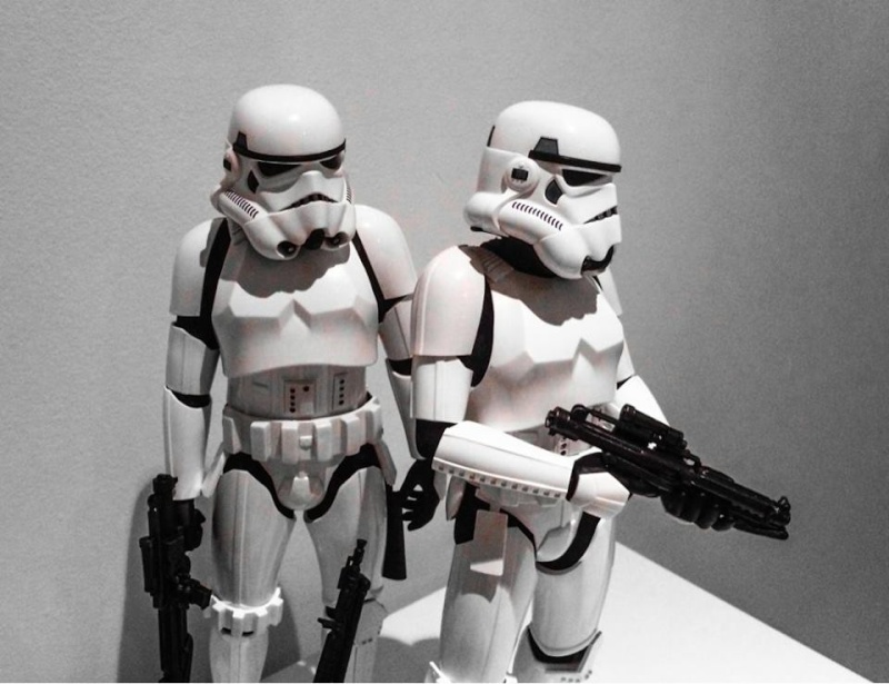 Hot Toys Stormtrooper Sixth Scale Figures Set 11039810