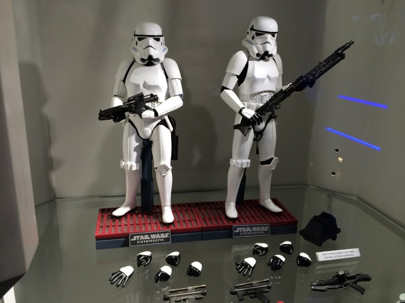 Hot Toys Stormtrooper Sixth Scale Figures Set Maxres10