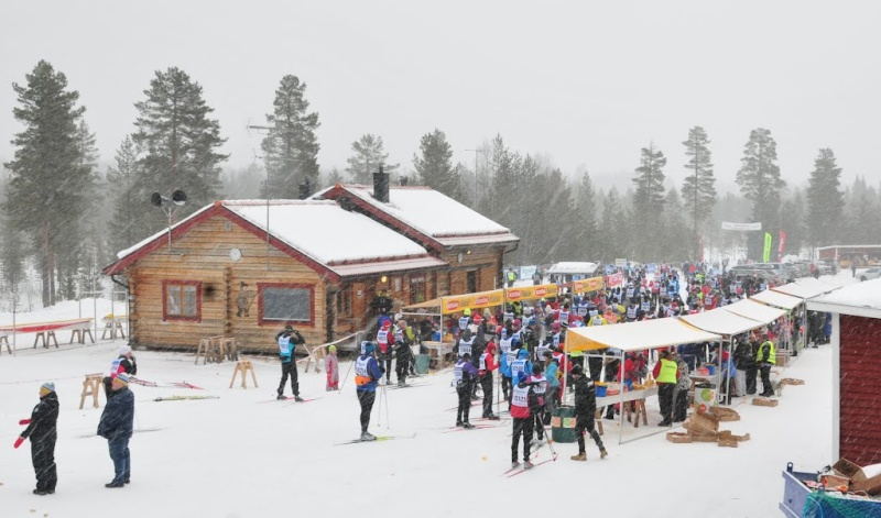 La Vasaloppet : plus longue course de ski de fond au monde - Page 2 67784511