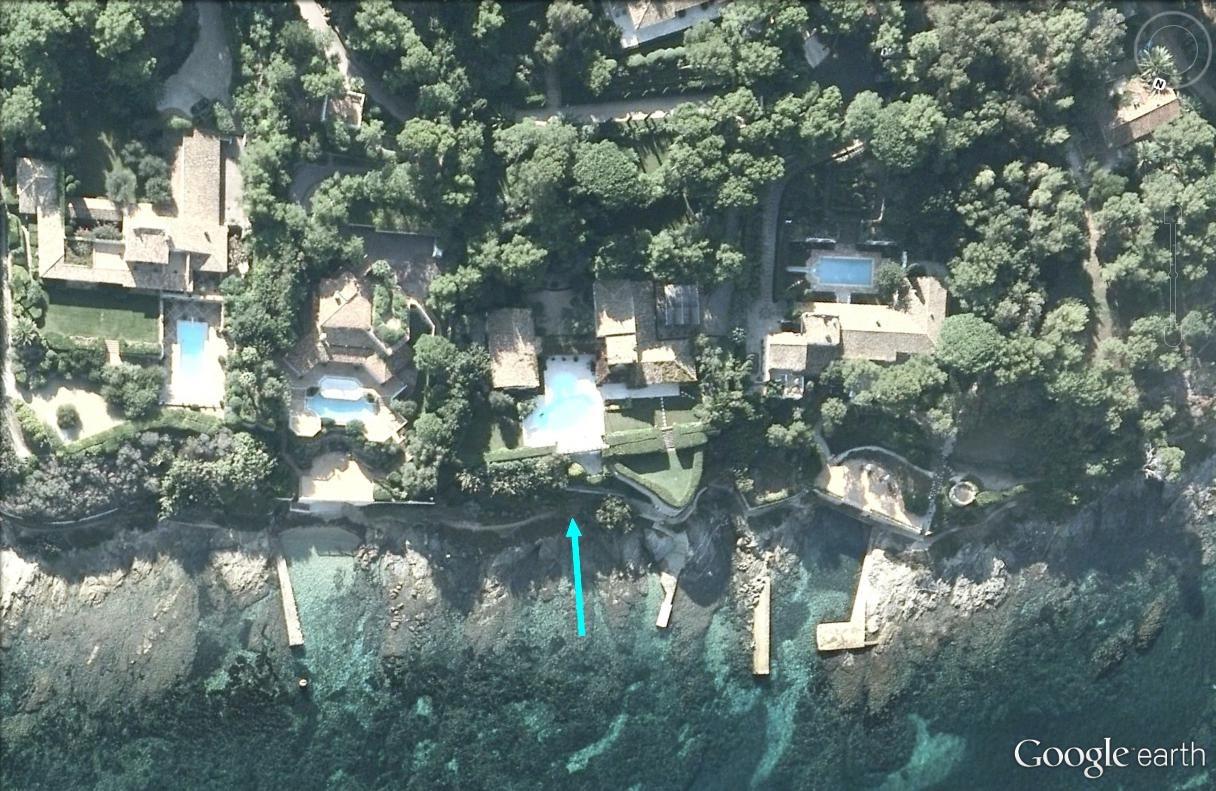Bernard Arnault - sa villa à Saint-Tropez - France Arnaul10