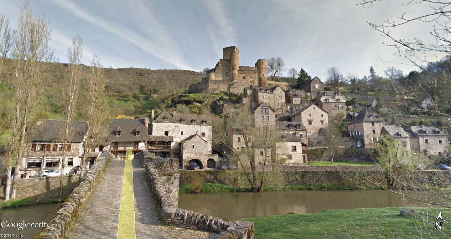 Les Plus Beaux Villages de France Belcas13