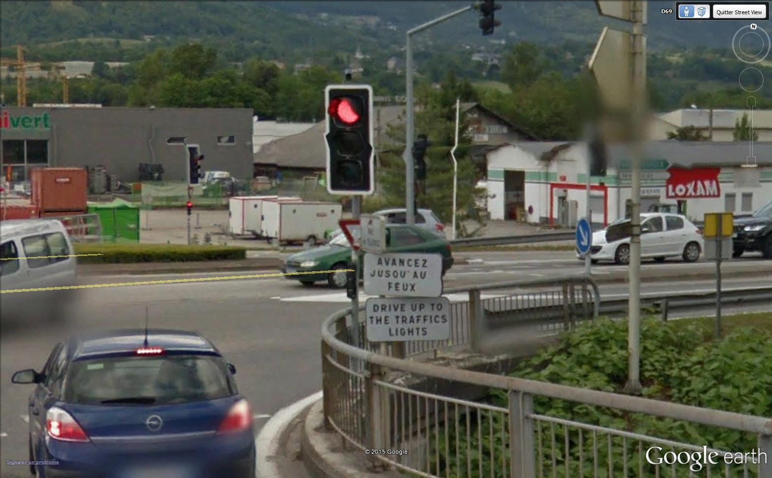 STREET VIEW : les panneaux routiers - Page 3 Fronte10