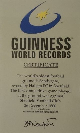 Hallam Football Club : second plus vieux club de football du monde (Chris Waddle en mode GE !) Guinne10
