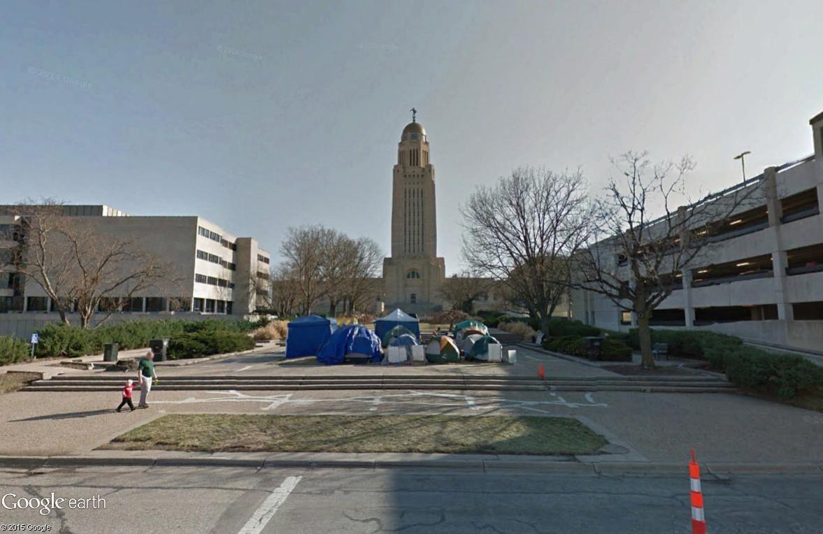 """STREET VIEW: les manifestations dans le Monde vues de la caméra des """"Google Cars"""" - Page 3 Lincol11"""