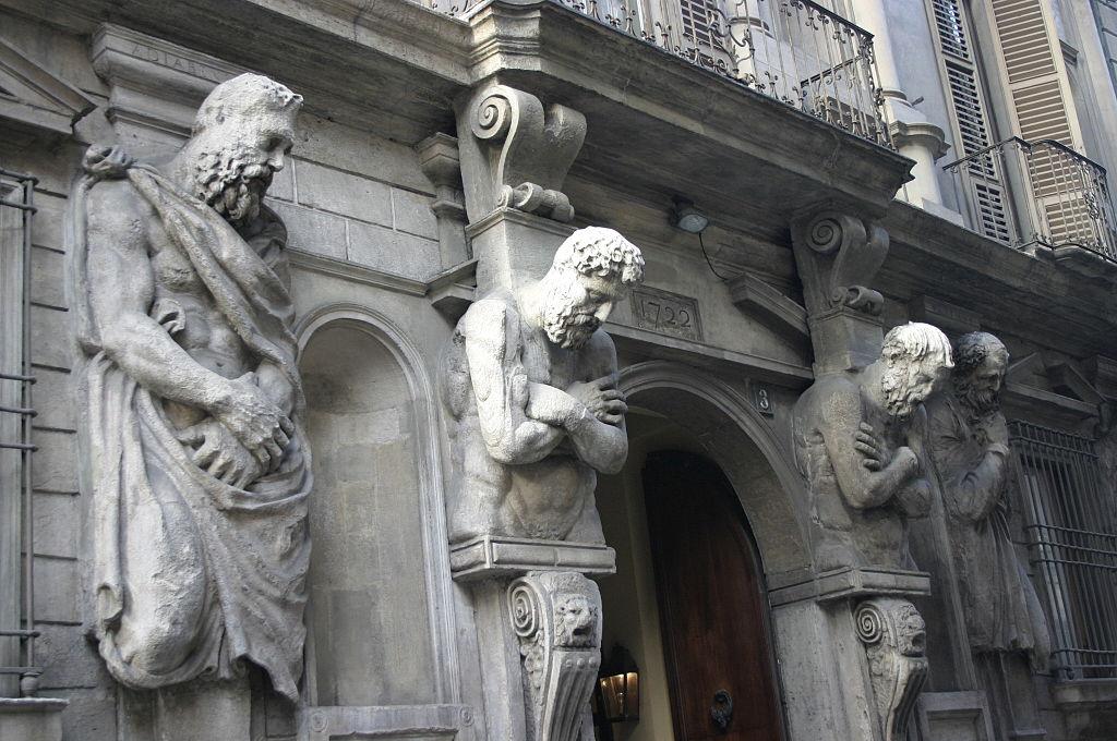 ARCHITECTURE : cariatides et atlantes Milano10