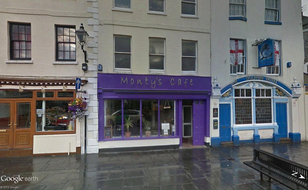 Montainer vient d'ouvrir un café à Plymouth ! Monty_10