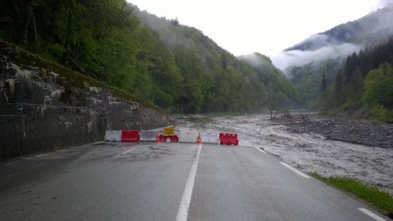 La route des Gorges de l'Arly (Savoie), route la plus chère de France Photo-10