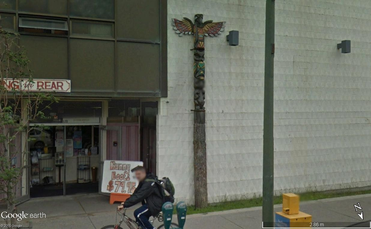 STREETVIEW : les totems - Page 2 Totem_10