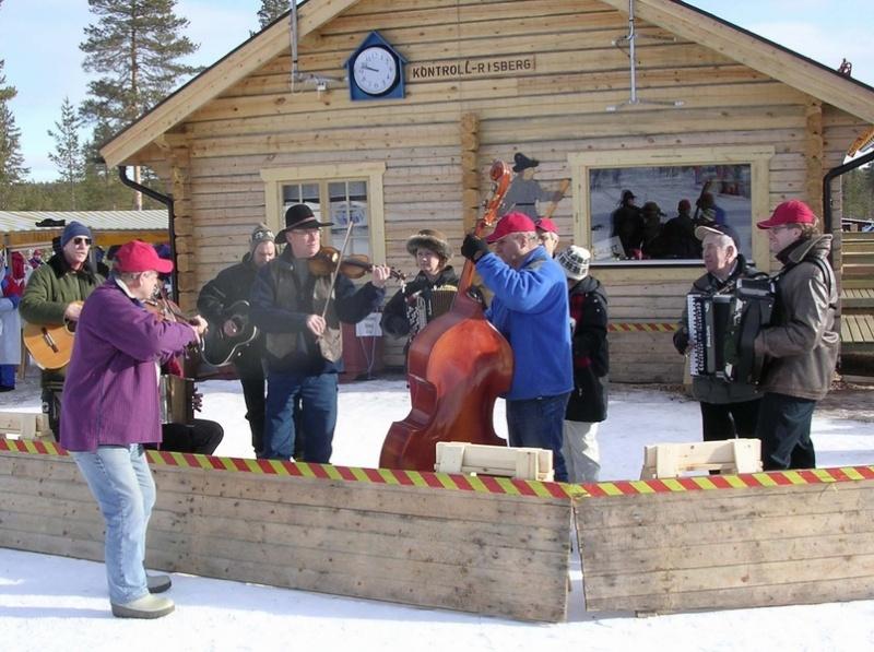 La Vasaloppet : plus longue course de ski de fond au monde - Page 2 Vasalo10