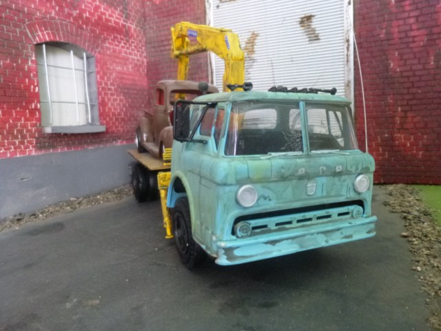 Ford C600 Flat bed P1090417