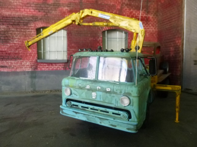 Ford C600 Flat bed P1090418