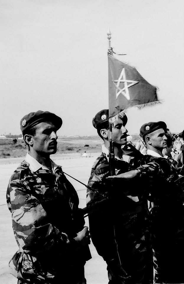 Parachutistes Militaires Marocains / Moroccan Paratroopers - Page 12 Clipbo97