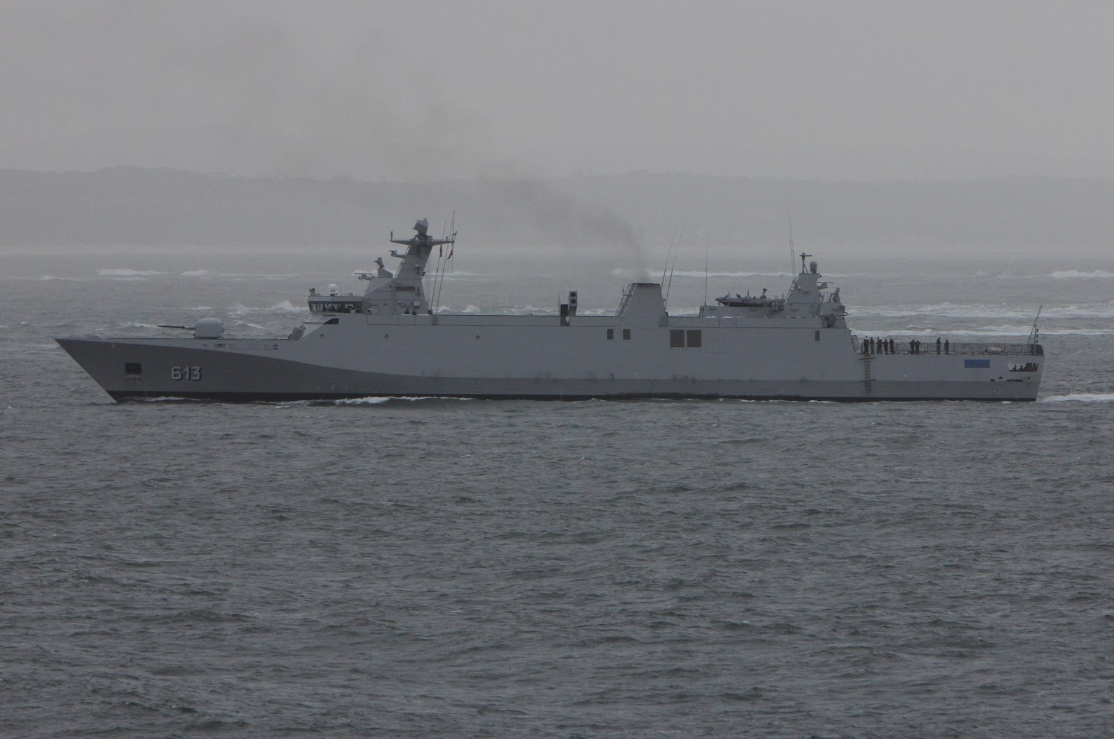 Royal Moroccan Navy Sigma class frigates / Frégates marocaines multimissions Sigma - Page 20 Rmnsta10