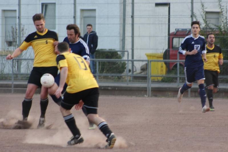 14. Spieltag: BaWa II - FC Gönnersdorf II 2:2 (0:1) Img_4346