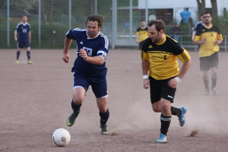 14. Spieltag: BaWa II - FC Gönnersdorf II 2:2 (0:1) Img_4358