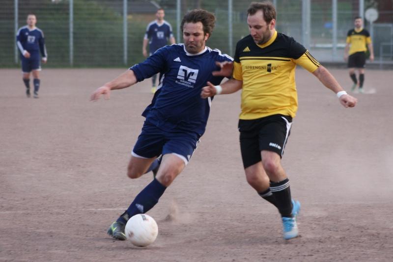 14. Spieltag: BaWa II - FC Gönnersdorf II 2:2 (0:1) Img_4359