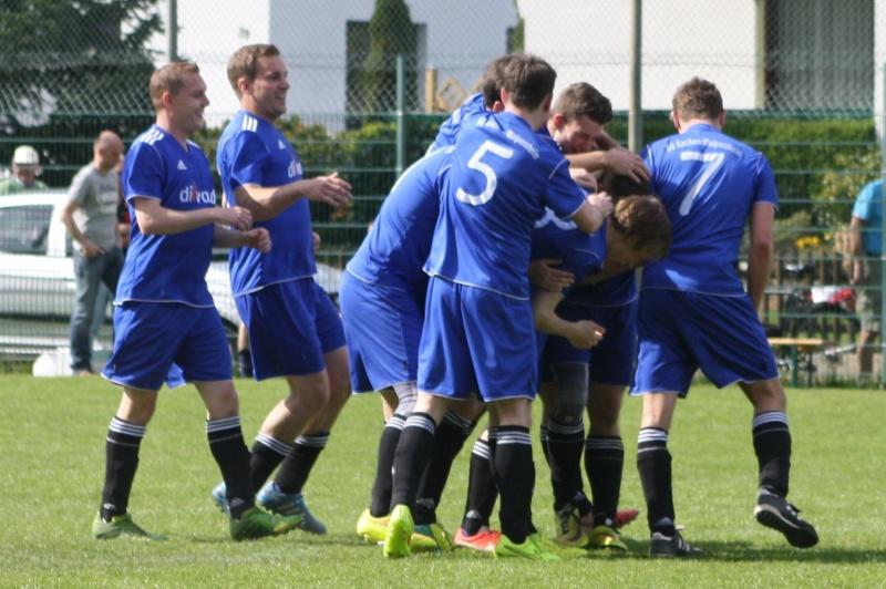 22.Spieltag: BaWa - SG Oberahrtal/Barweiler 4:2 (2:1) Img_4716