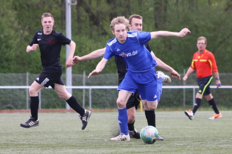 23.Spieltag: SV Oberzissen - BaWa 2:2 (1:2) Img_4814