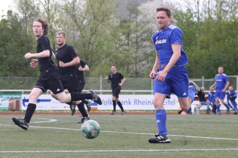 23.Spieltag: SV Oberzissen - BaWa 2:2 (1:2) Img_4815