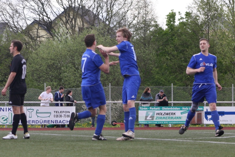 23.Spieltag: SV Oberzissen - BaWa 2:2 (1:2) Img_4821