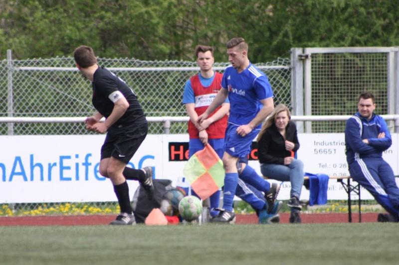 23.Spieltag: SV Oberzissen - BaWa 2:2 (1:2) Img_4828