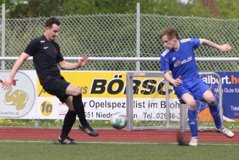23.Spieltag: SV Oberzissen - BaWa 2:2 (1:2) Img_4842