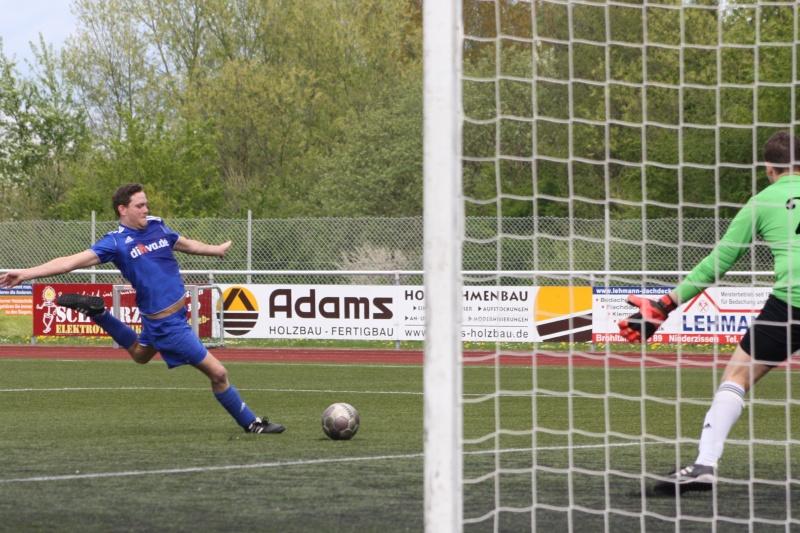 23.Spieltag: SV Oberzissen - BaWa 2:2 (1:2) Img_4848