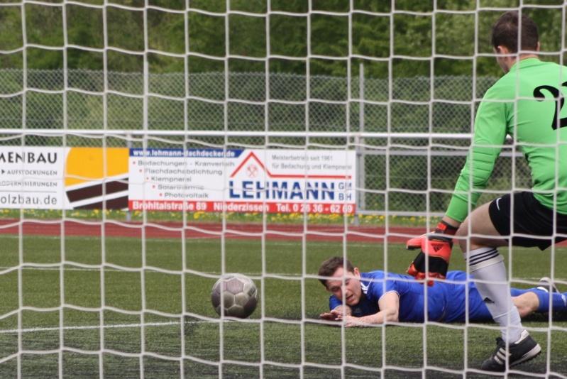 23.Spieltag: SV Oberzissen - BaWa 2:2 (1:2) Img_4850