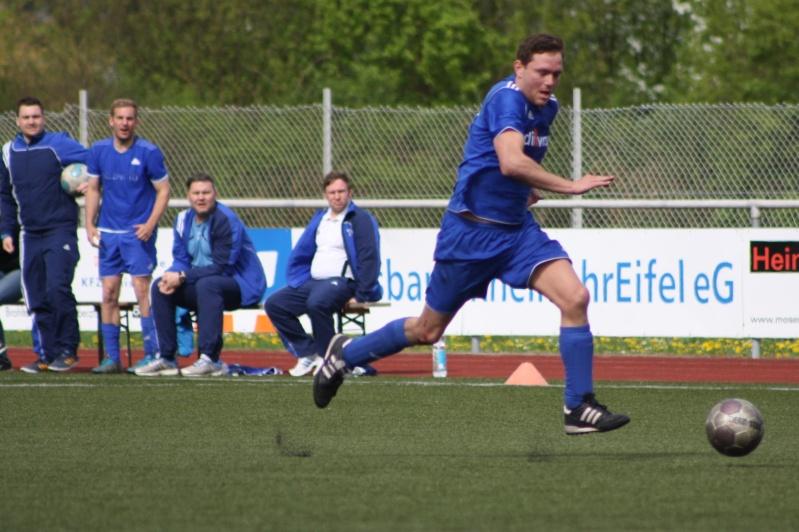 23.Spieltag: SV Oberzissen - BaWa 2:2 (1:2) Img_4858