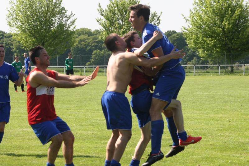 25.Spieltag: SG Franken/Königsfeld - BaWa 2:4 (0:0) Img_5129