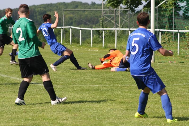 25.Spieltag: SG Franken/Königsfeld - BaWa 2:4 (0:0) Img_5134