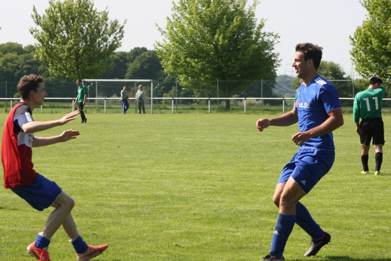 25.Spieltag: SG Franken/Königsfeld - BaWa 2:4 (0:0) Img_5156