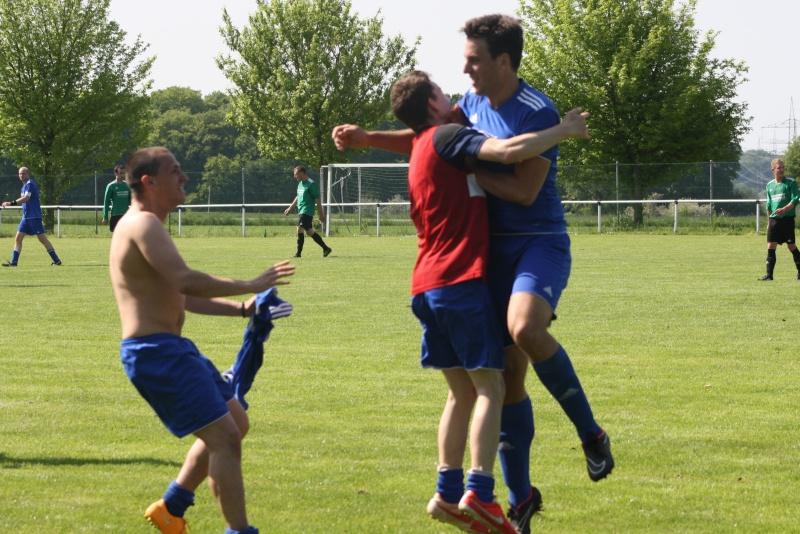 25.Spieltag: SG Franken/Königsfeld - BaWa 2:4 (0:0) Img_5157