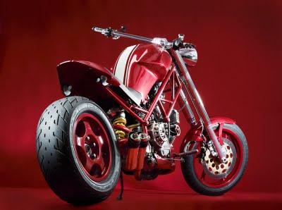 aller, je vous la montre a pwal... - Page 2 Ducati12