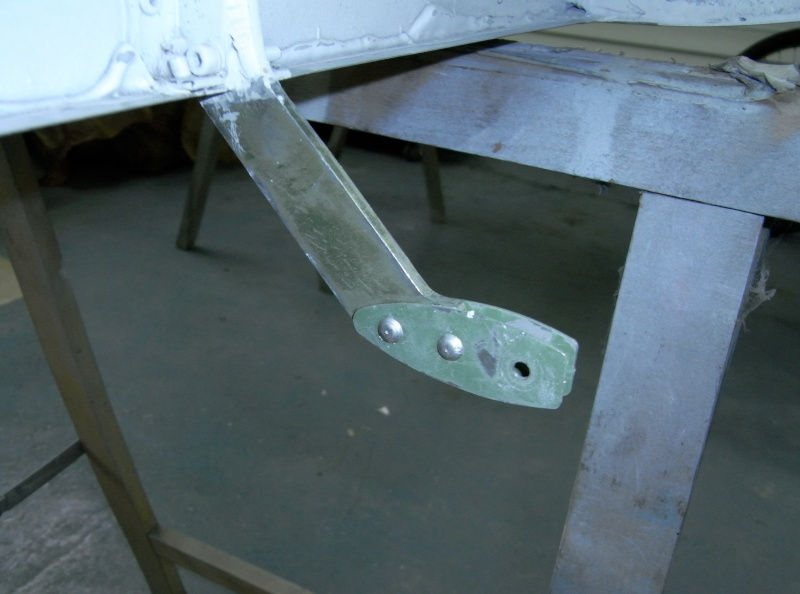 Dépose des ailes et traitement de la corrosion Captu100
