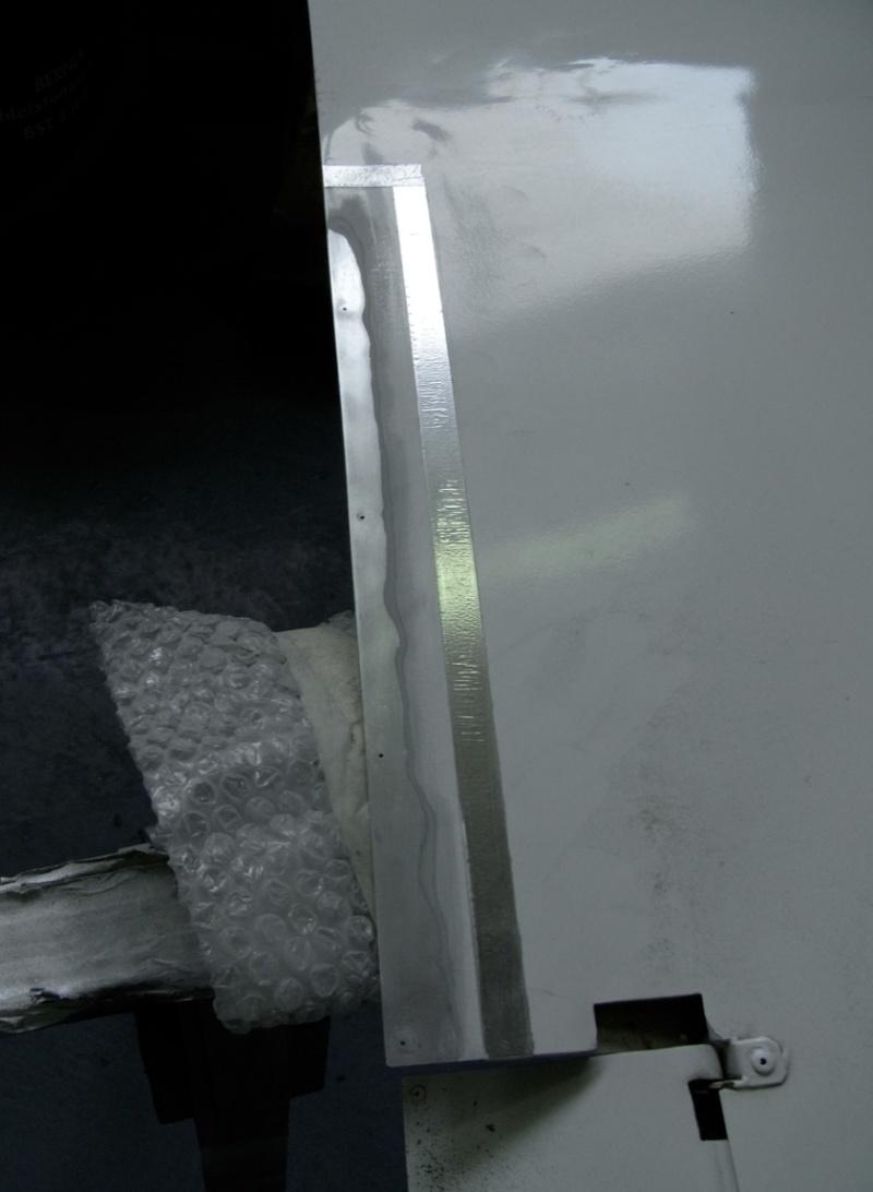 Dépose des ailes et traitement de la corrosion Captu102