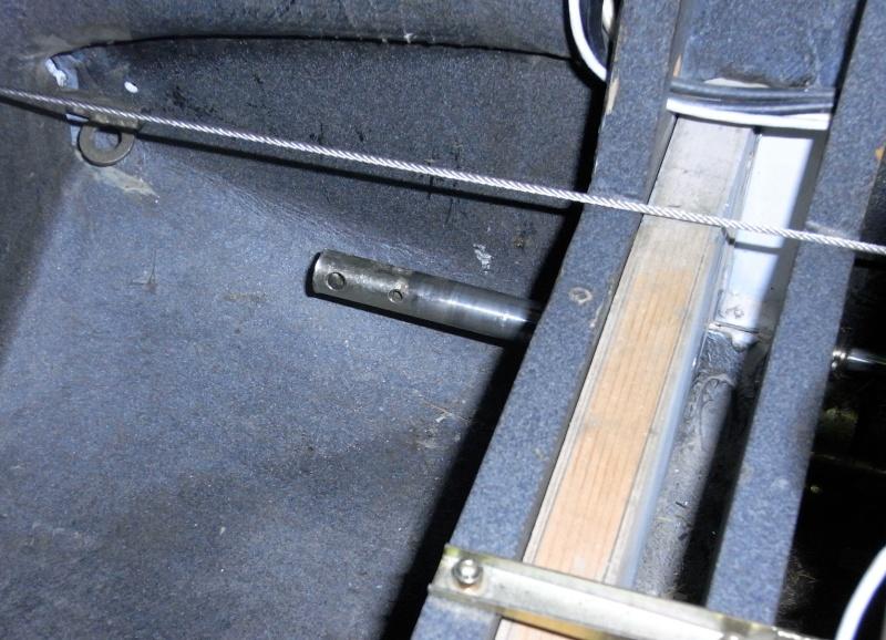 Dépose des ailes et traitement de la corrosion Captur83