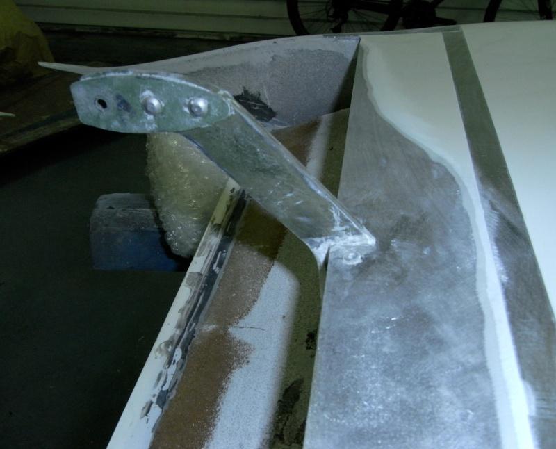 Dépose des ailes et traitement de la corrosion Captur97