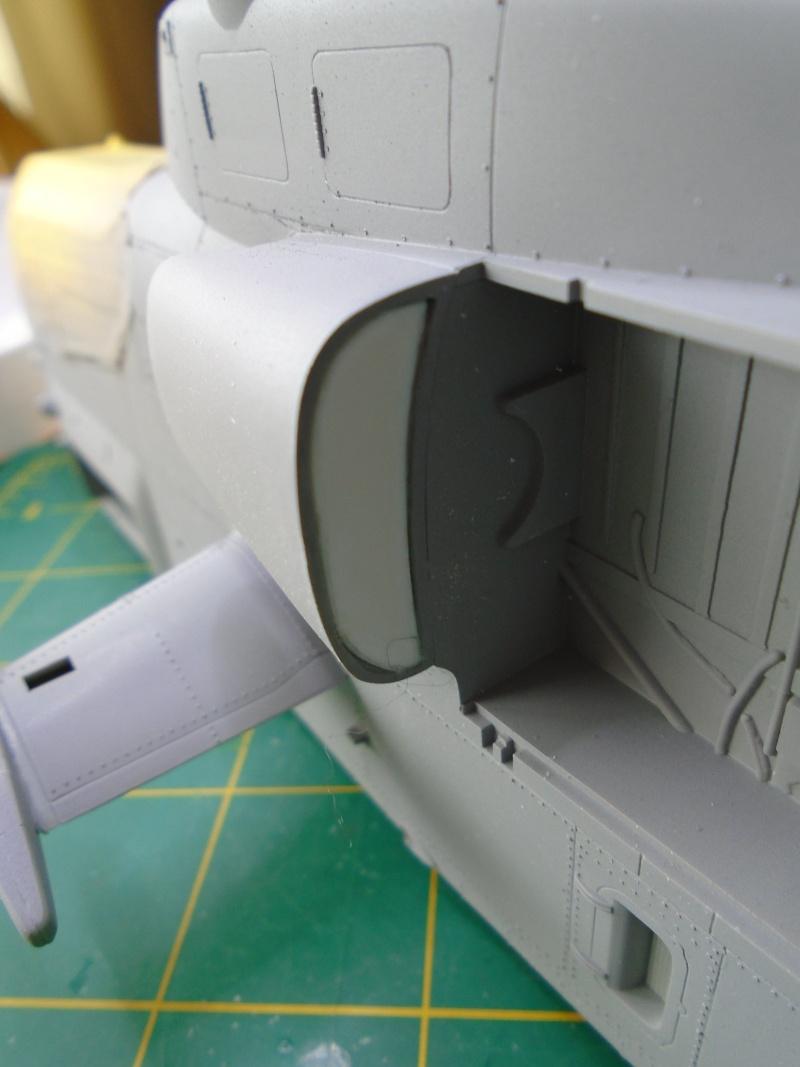 Academy 1/35 Scale AH-1W Super Cobra 01110