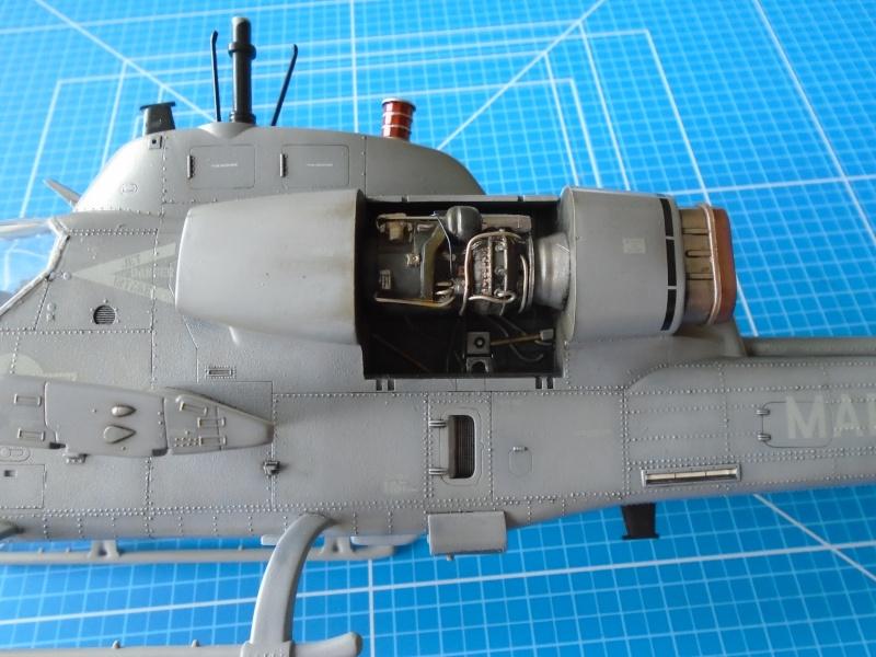 Academy 1/35 Scale AH-1W Super Cobra 01710