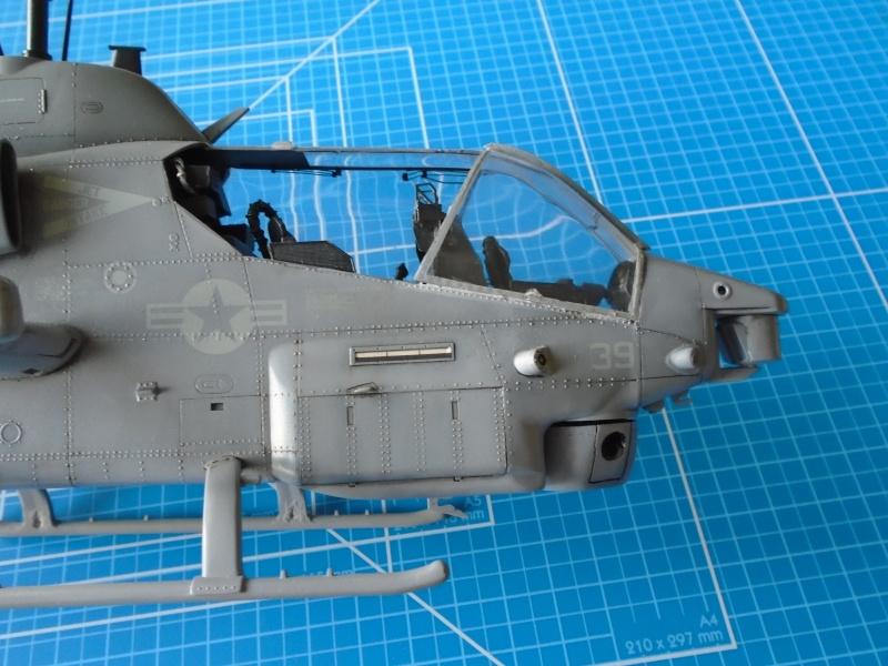 Academy 1/35 Scale AH-1W Super Cobra 02010