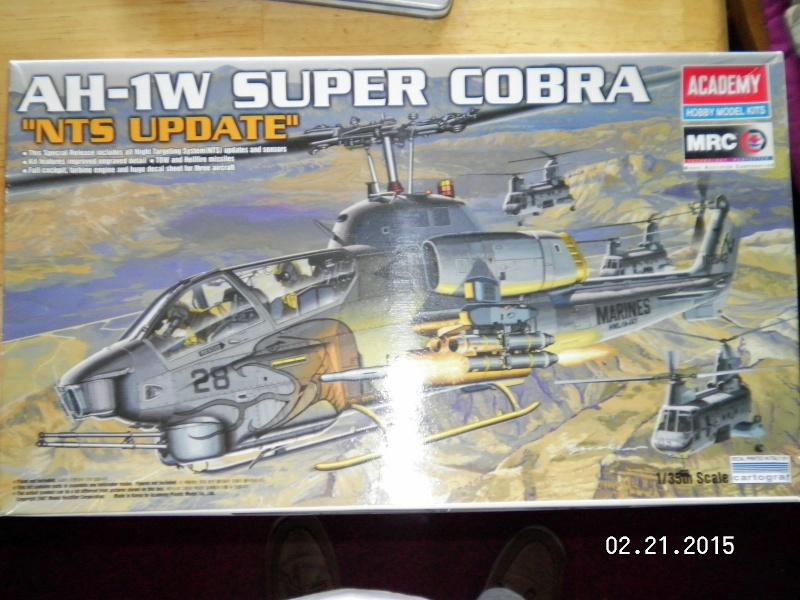 Academy 1/35 Scale AH-1W Super Cobra Sany0010