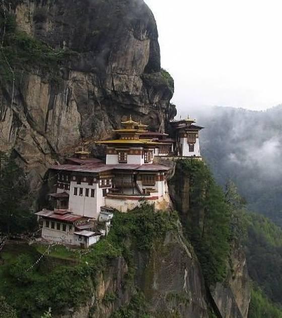 Les monastères et villes du bout du monde! -monas10