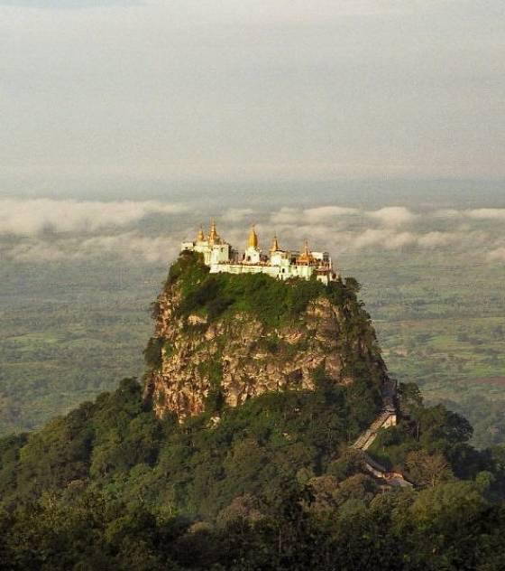 Les monastères et villes du bout du monde! Le-mon11