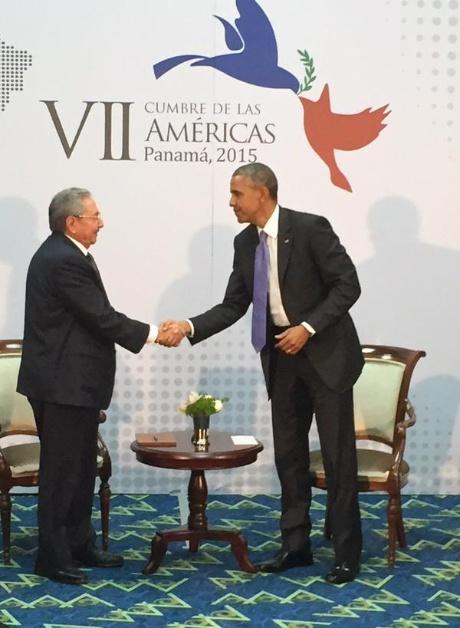 Photo de l'année ( Obama-Castro) - Page 2 Ccvhj210