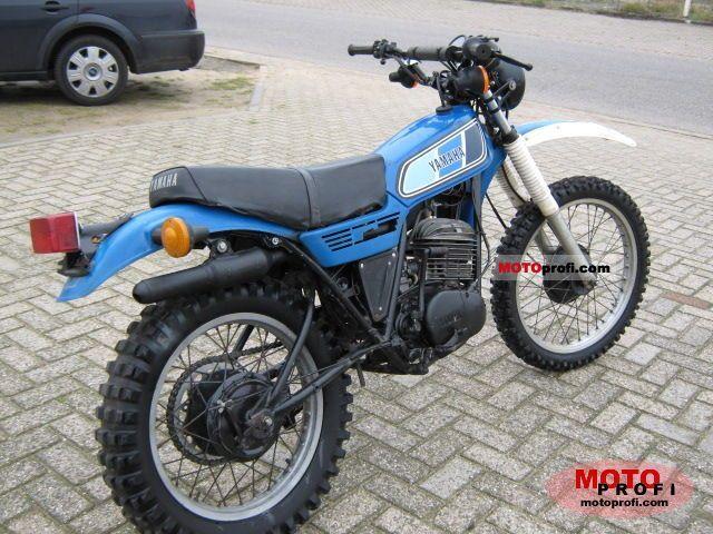 Mes motos de route et piste - Page 3 Yamaha10