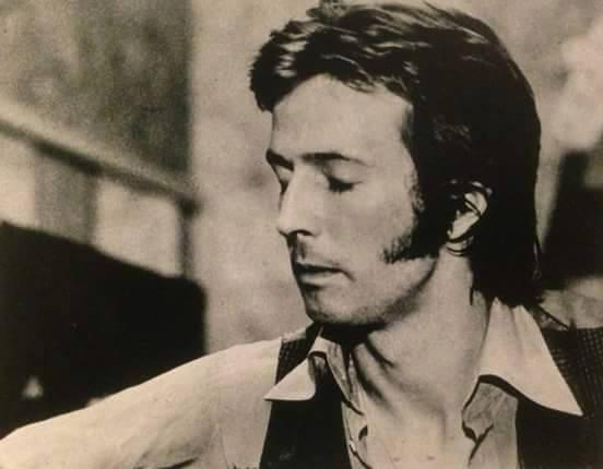 Les 1000 visages d'Eric Clapton - Page 7 11119310