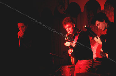 Butterfield Blues Band : Live At The Unicorn Coffee House (1966) 65-11_16