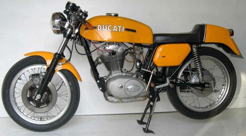 mes motos que j'ai eu et celles que j'ai encore  Ducati10